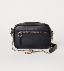 Črna torbica h&m