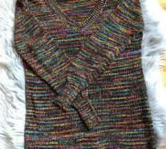Vecbarvni pulover
