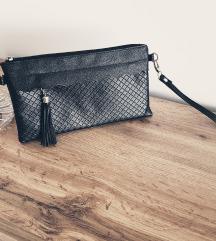 Pisemska črna torbica
