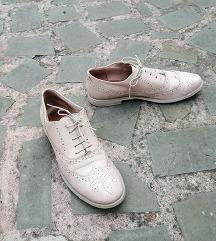 LUNATIKA št. 40 pravo usnje čevlji (Italija)
