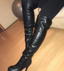 Usnjeni škornji z visoko petko