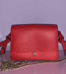 Zara rdeča torbica