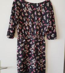 Rožasta oblekca