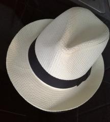 NOV ženski poletni klobuk/senčnik