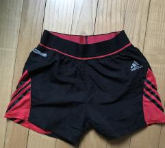 Adidas kratke hlače NOVE
