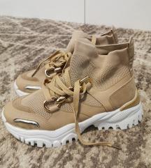 Novi čevlji-superge