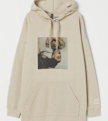 Ariana grande pulover