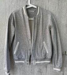 Bershka siva jakna